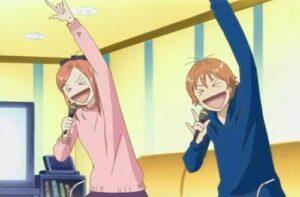 Loely Complex, séance de karaoke